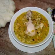 Zupa ogórkowa z patisonem i zacierkami