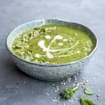 Krem z zielonych warzyw i konopi