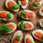 Grzanki tostada con tomate