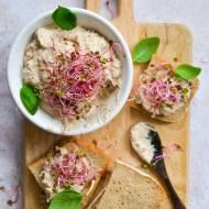 Pasta rybna z tuńczykiem i sardynkami na kanapki