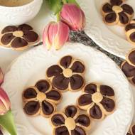 kruche ciasteczka kwiatuszki