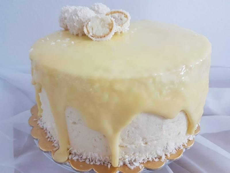 Tort kokosowy Raffaello