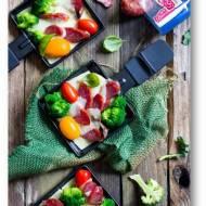 Raclette z kiełbasą i brokułami