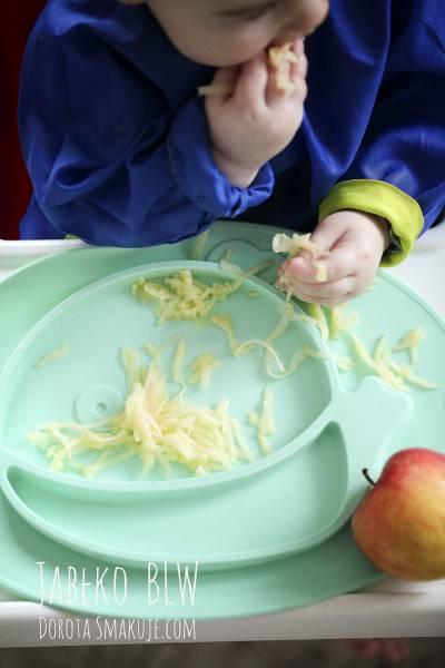 Jak podać niemowlakowi jabłko bezpiecznie BLW