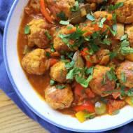 Gulasz cygański z klopsikami (bigos cygański) / Gypsy Meatball Stew