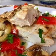 Soczysty i miękki zapiekany filet z kurczaka