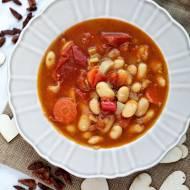 Hiszpańska zupa fasolowa