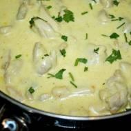 Kurczak w kremowo ziołowym sosie, idealny do makaronu