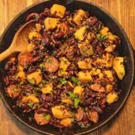 Danie dnia: Zapiekanka z ryżu, chorizo i batata