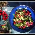 Sałatka z czereśni i awokado