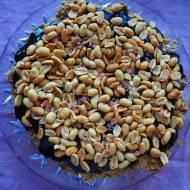 Kruche bezglutenowe  ciasto z masłem orzechowym, karmelem i orzeszkami