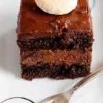 Ciasto czekoladowe ze śliwką i rumem