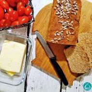 Chleb orkiszowo – ryżowy z suszonymi pomidorami