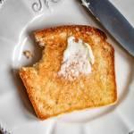 Domowy chleb tostowy (3 składniki)