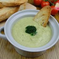 Kremowo-śmietanowa zupa z brokuła