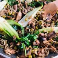 Przepis dnia: Smażony ryż z kurczakiem i pieczarkami