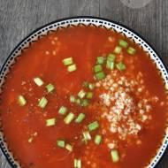 Pomidorowa z kaszą i szczypiorkiem