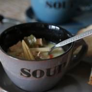 Delikatna zupa tajska z pazurem
