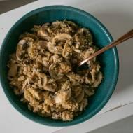 Komosa ryżowa z pieczarkami