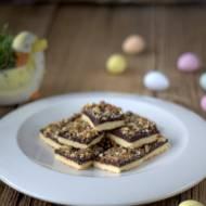 Mazurek z czekoladową polewą