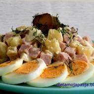 Pyszna sałatka z jajkiem