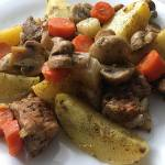 Łopatka wieprzowa pieczona z warzywami