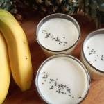 Szybki probiotyczny koktajl z kefiru, ananasa i banana