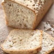 Chleb z ziarnami – drożdżowy