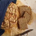 Chleb razowy pszenno-żytni na zakwasie pieczony w garnku