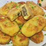 Kotlety ziemniaczane z pieczarkami