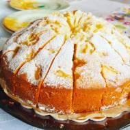 Proste ciasto – babka z owocami