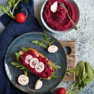 Pasta buraczana z czerwoną fasolą (wegańska)