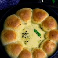 Bułeczki z dipem serowym