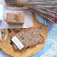 ,,Chleb żytni z ziarnami''