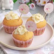 Wielkanocne muffinki z suszoną figą