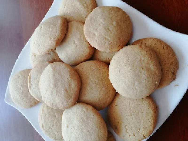 Wegańskie ciastka z masłem orzechowym
