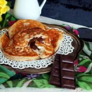 Placki serowo-bananowe nadziewane czekoladą