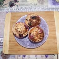 Muffinki czekoladowe z pysznym nadzieniem