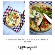 Śniadaniowa pizza z jajkiem, białym serem i szparagami