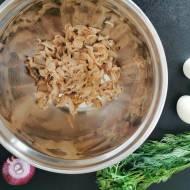 Pasta z makreli, twarogu, jajek i warzyw