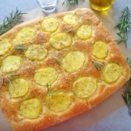 Focaccia z ziemniakami i rozmarynem (Focaccia alle patate con rosmarino)