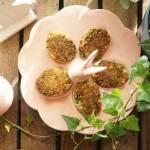 Jajka faszerowane szczypiorkiem, koperkiem i pietruszką