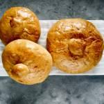 Okrągły chlebek na żurek