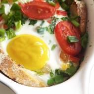 Śniadanie  zapiekane z jajem