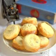 Kołaczyki z serem - drożdżówki z serem