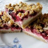 Fit ciasto na kruchym spodzie z serem i owocami