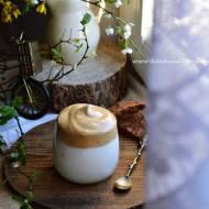 Dalgona coffee, czyli ubijana kawa