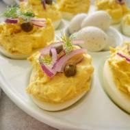 Jajka faszerowane pastą z makreli (Uova ripiene di sgombro)