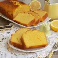 Cytrynowe ciasto z mąką kukurydzianą