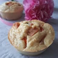 Jajeczne muffinki z kiełbaską